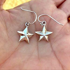 Sterling Silver >> Puffy Star Earrings
